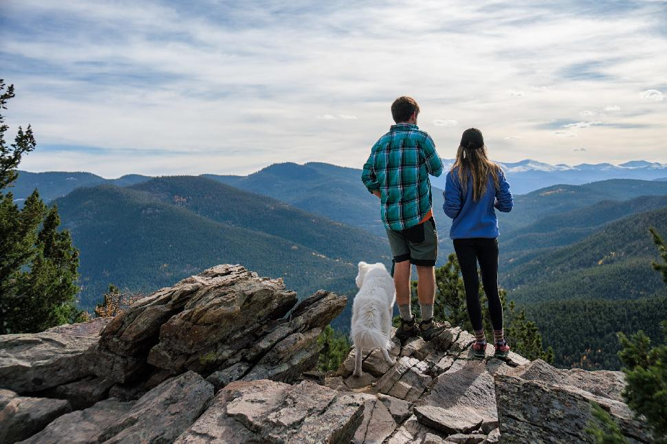 10 best Vancouver hikes for you and your pets!
